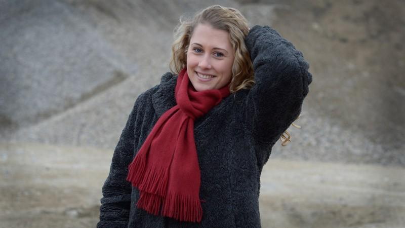 Gestricker Fransenschal Possum-Merino-Seide, Schal mit Fransen in rot