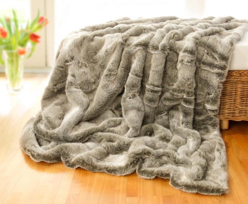 Felldecke (Webpelzdecke) Grauwolf grau-beige 170x220cm