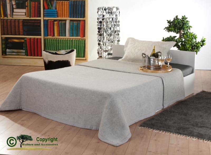 Italienische Wolldecke, Tagesdecke aus 100% Neuseeland Lammwolle in 210x250cm grau-meliert