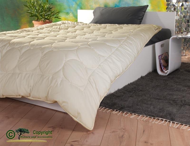 Mono-Stepp Bettdecke mit Füllung aus Kaschmir und Gewebe aus milbendichtem Baumwoll-Batist