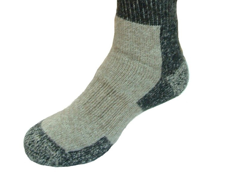 Hochwertige, dicke Trekking Socken aus Possum- und Lammwollfasern für höchste Ansprüche in Größe M
