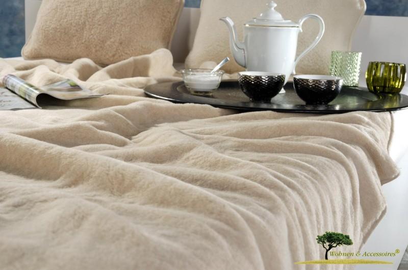 Große Wolldecke (Bettdecke) Karamell 200x220cm aus 90% Merinowolle und 10% Kamelhaar