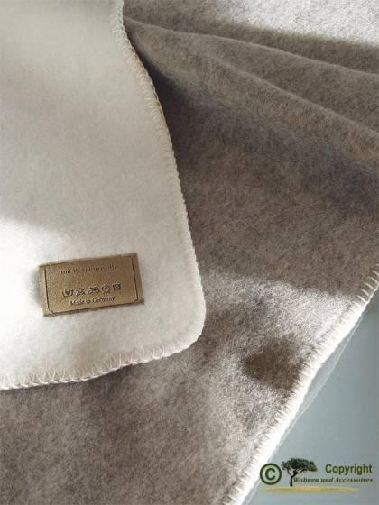 Naturbelassene Wolldecke doubelface wollweiß und grau Ökolana 100% Wolle 150x220cm von Steinbeck