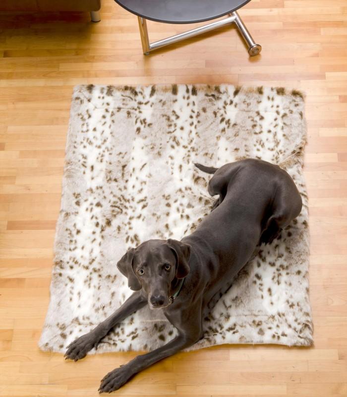 Felldecke aus Webpelz, Hundedecke Schneeleopard 60x90cm