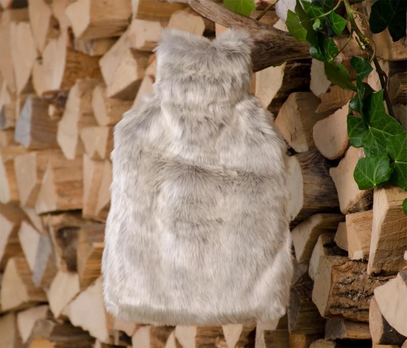 Wärmflaschenhülle aus Fell (Webpelz) Silberfuchs mit Naturgummi Wärmflasche