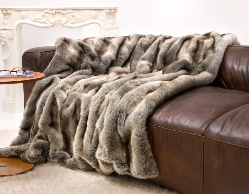 Felldecke (Kunstfell) Wolf grau-braun - 5 Größen - 150x200 bis 260x300cm