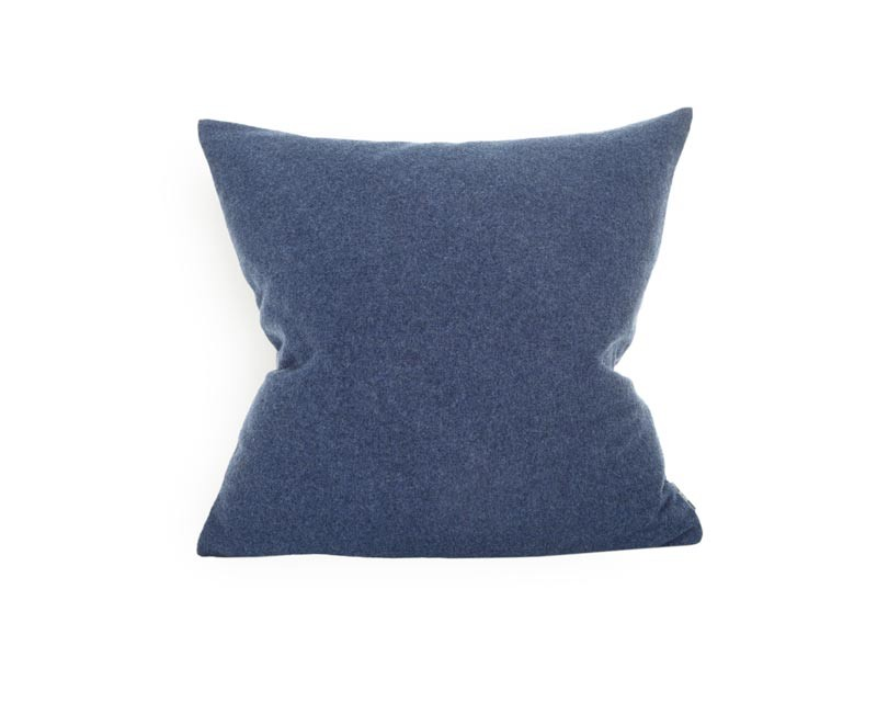 Steiner Kissen Sophia 55x55cm aus 100% Merino heidelbeer - blau
