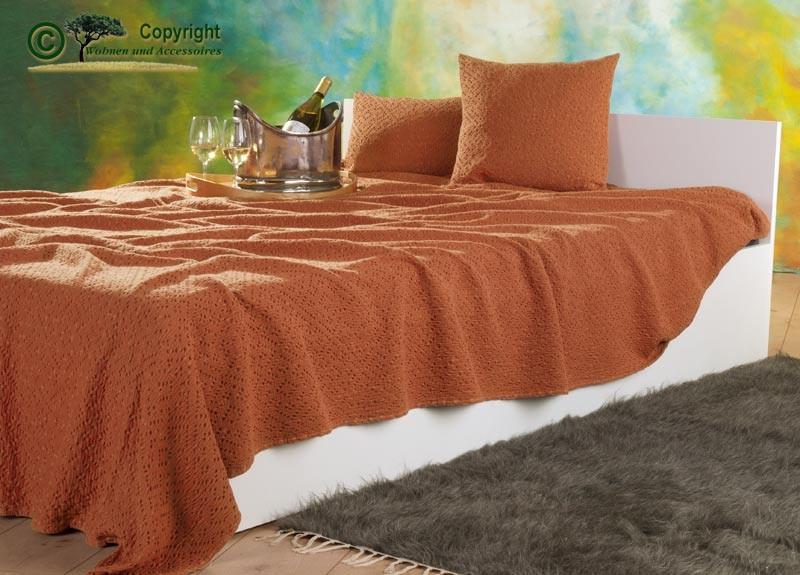 Tagesdecke Adele, hochwertiger französischer Überwurf mit Ajour Muster orange 240x260cm