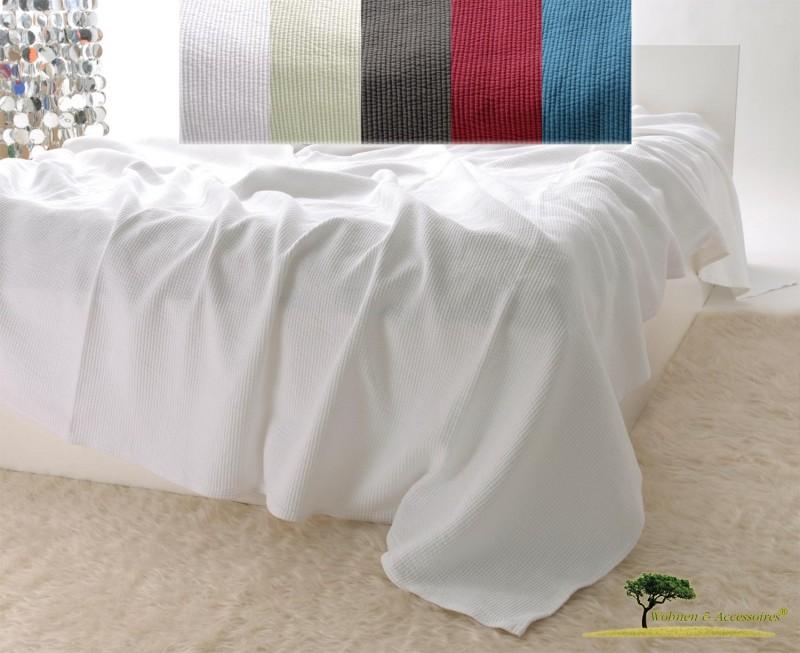 Edle Tagesdecke, Bettüberwurf Annabelle mit Streifenmuster in weiß 150x200 - 260x300cm