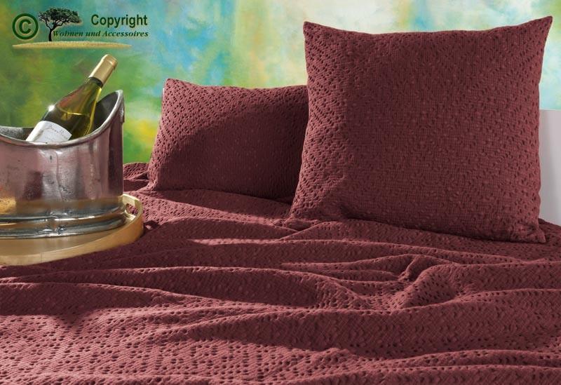 Kissen 30x50cm Adele mit Ajour Muster in rubinrot
