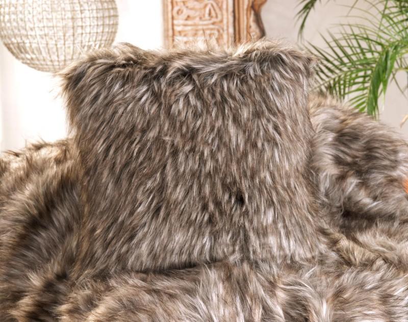 Fellkissen (Webpelzkissen) Grizzly in braunen und grauen Tönen 45x45cm