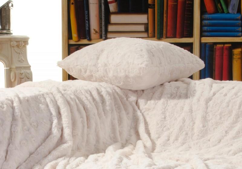 Fellkissen (Webpelzkissen) Teddy creme-weiß in 45x45cm