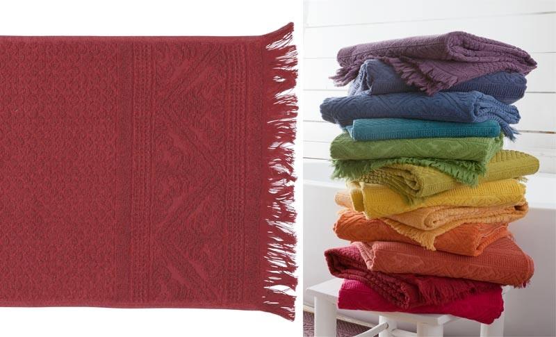 Handtuch 50x100cm aus reiner Baumwolle in Rubin-rot