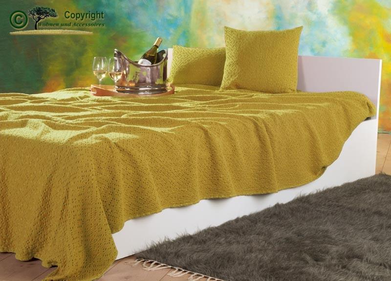 Tagesdecke Adele, hochwertiger französischer Überwurf mit Ajour Muster gelb 260x260cm