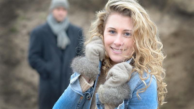 Edelste Handschuhe mit Fell, Wollhandschuhe Merinowolle und Possum beige Größe S