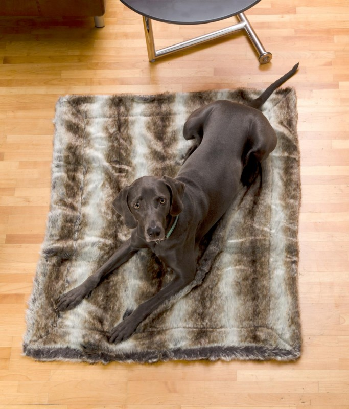 Felldecke aus Webpelz, Hundedecke Wolf grau-braun 90x110cm